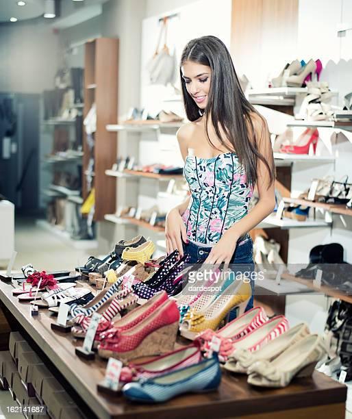 Shopping for shoe