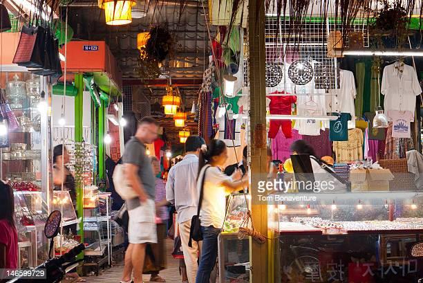 Shopping in Siem Reap night market