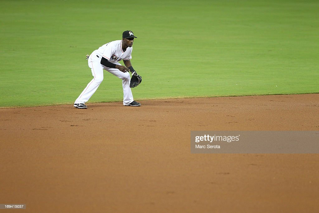Shortstop <a gi-track='captionPersonalityLinkClicked' href=/galleries/search?phrase=Adeiny+Hechavarria&family=editorial&specificpeople=6926508 ng-click='$event.stopPropagation()'>Adeiny Hechavarria</a> #3 of the Miami Marlins plays against the Philadelphia Phillies in the first inning at Marlins Park on May 22, 2013 in Miami, Florida.The Phillies defeated the Marlins 3-0.