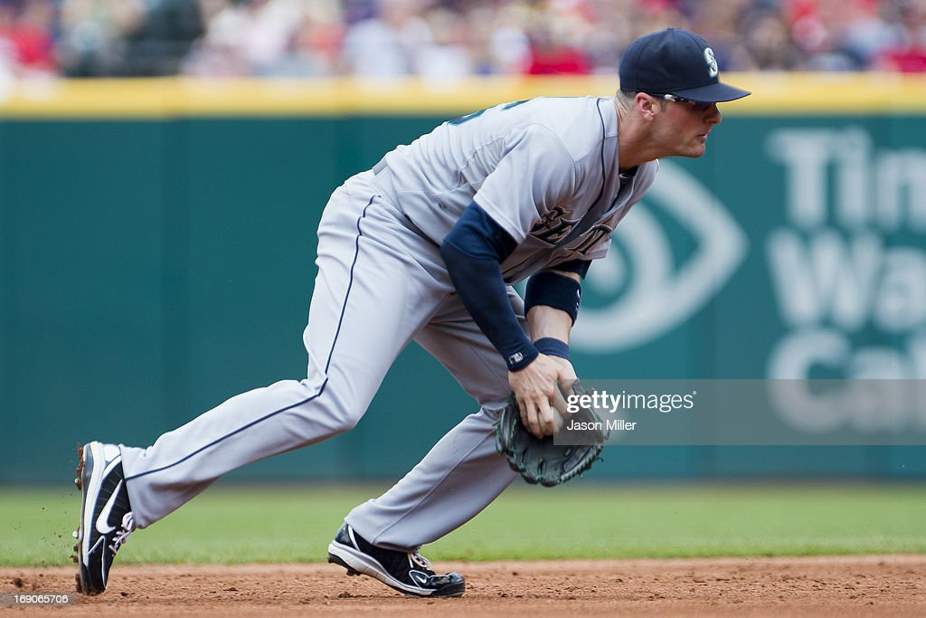 Shortstop <a gi-track='captionPersonalityLinkClicked' href=/galleries/search?phrase=Brendan+Ryan&family=editorial&specificpeople=835643 ng-click='$event.stopPropagation()'>Brendan Ryan</a> #26 of the Seattle Mariners fields a ground ball during the second inning against the Cleveland Indians at Progressive Field on May 19, 2013 in Cleveland, Ohio.