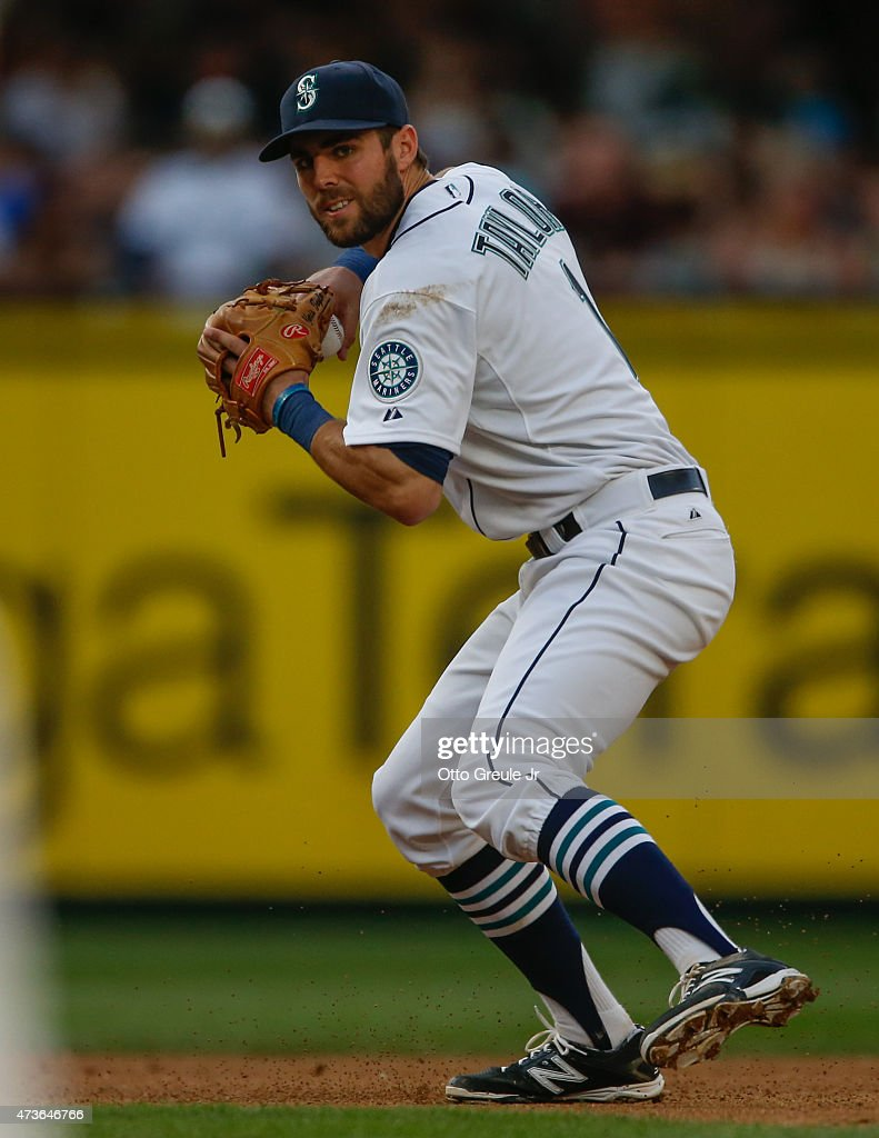 Shortstop <a gi-track='captionPersonalityLinkClicked' href=/galleries/search?phrase=Chris+Taylor+-+Baseball+Player&family=editorial&specificpeople=13511734 ng-click='$event.stopPropagation()'>Chris Taylor</a> #1 of the Seattle Mariners throws to first base against the Oakland Athletics at Safeco Field on May 9, 2015 in Seattle, Washington.