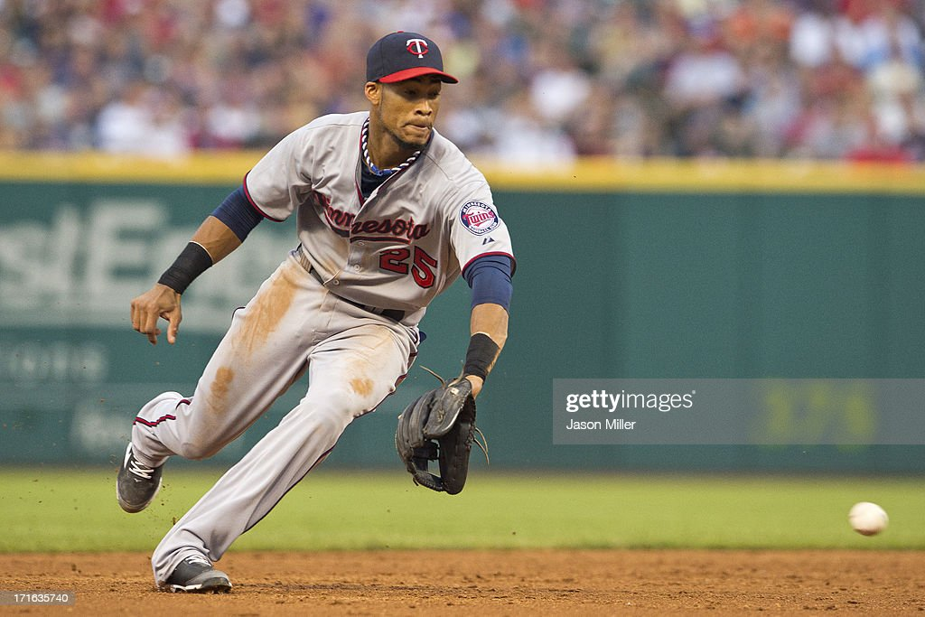 Shortstop Pedro Florimon #25 of the Minnesota Twins fields a ground ball hit by Drew Stubbs #11 of the Cleveland Indians during the third inning at Progressive Field on June 22, 2013 in Cleveland, Ohio.