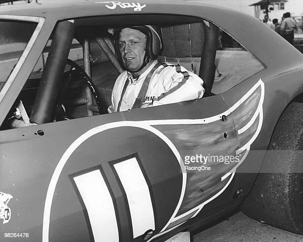 NASCAR short-track legend Ray Hendrick poses with the Jack    News