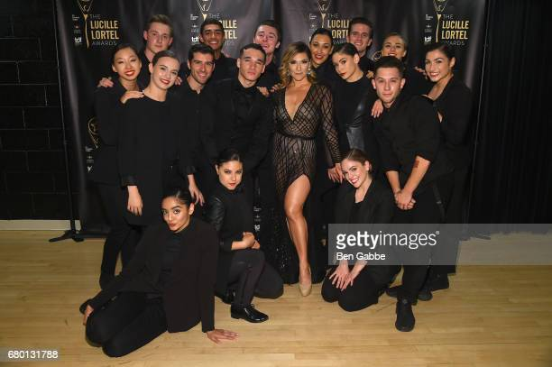 Shoshana Bean and dancers pose backstage at 32nd Annual Lucille Lortel Awards at NYU Skirball Center on May 7 2017 in New York City