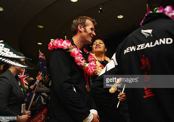 Shot Put gold medalist Valarie Vili and rowing bronze medalist Mahe Drysdale of the New Zealand Olympic team during the welcome home ceremony at...