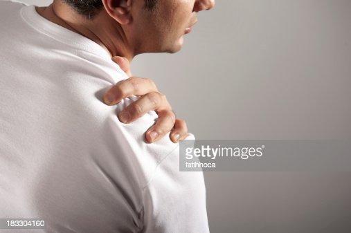 Lo stomaco e il fondo di un dorso fanno male durante gravidanza