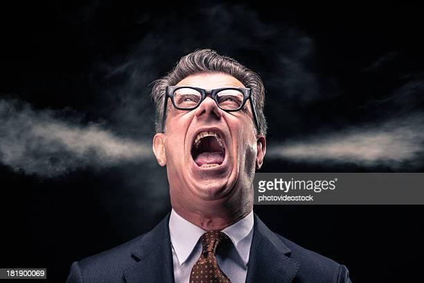 Schreien Geschäftsmann mit Dampf Jets Blasen auf die Ohren