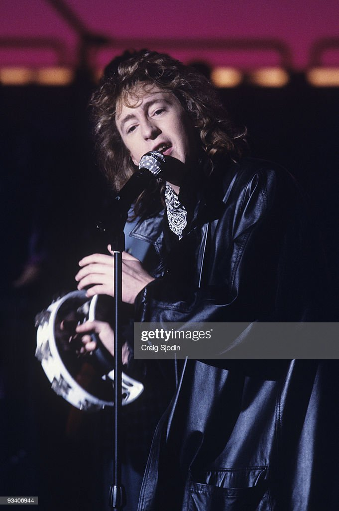 BANDSTAND - Show Coverage - 3/13/86, <a gi-track='captionPersonalityLinkClicked' href=/galleries/search?phrase=Julian+Lennon&family=editorial&specificpeople=211480 ng-click='$event.stopPropagation()'>Julian Lennon</a> on the ABC Television Network dance show 'American Bandstand'.,