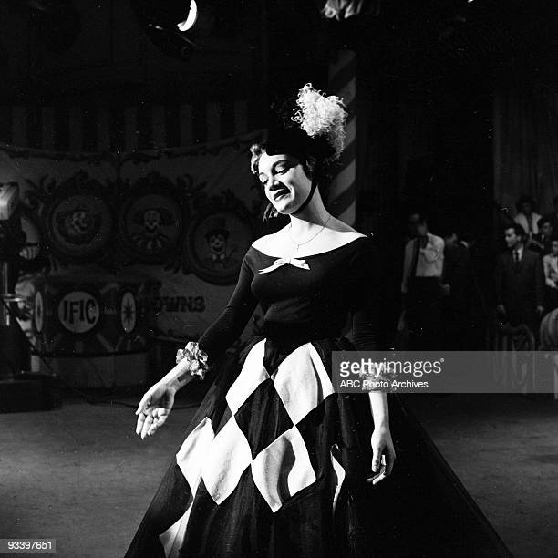 BANDSTAND 'Show Coverage' 4/26/58 Connie Francis