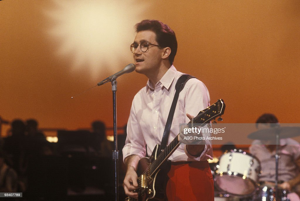 BANDSTAND - Show Coverage - 9/1/83, <a gi-track='captionPersonalityLinkClicked' href=/galleries/search?phrase=Marshall+Crenshaw&family=editorial&specificpeople=790103 ng-click='$event.stopPropagation()'>Marshall Crenshaw</a> on the ABC Television Network dance show 'American Bandstand'.,