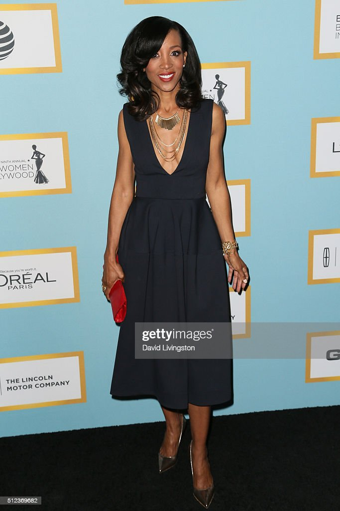 TV Show Host Shaun Robinson arrives at the Essence 9th Annual Black Women event in Hollywood at the Beverly Wilshire Four Seasons Hotel on February 25, 2016 in Beverly Hills, California.