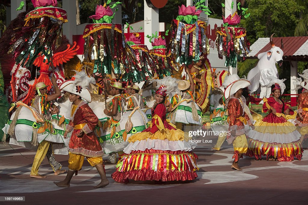 Show with Boi Bumba festival costumes : Stock Photo