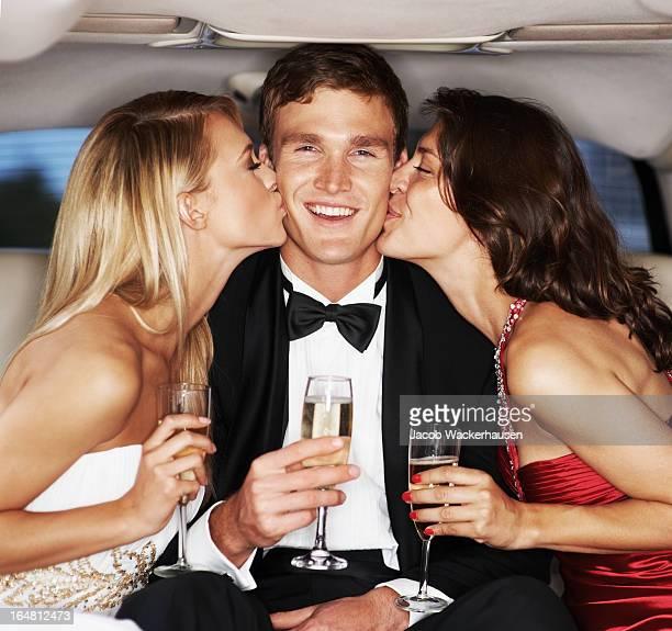 Célébrités apprécier des baisers-style de vie