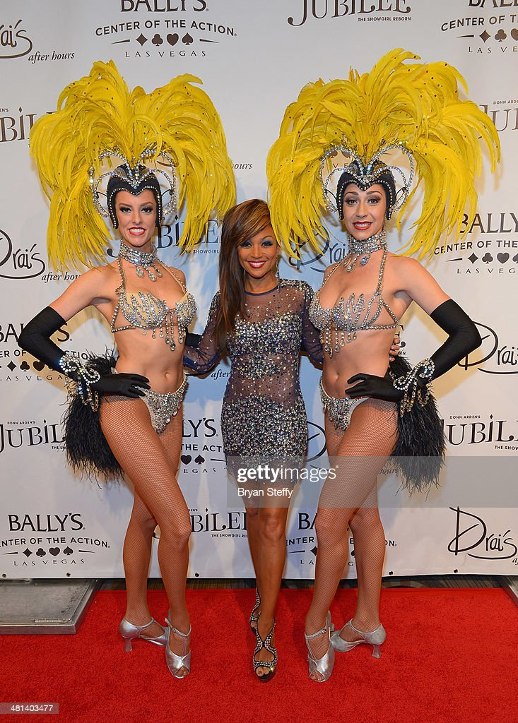 Showgirl Brittany Guinane, singer Chante Moore and showgirl Taryn Olivieri arrive at the 'Jubilee!' show's grand reopening at Ballys Las Vegas on March 29, 2014 in Las Vegas, Nevada.