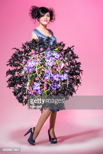 Showing flower arrangement : Stock Photo