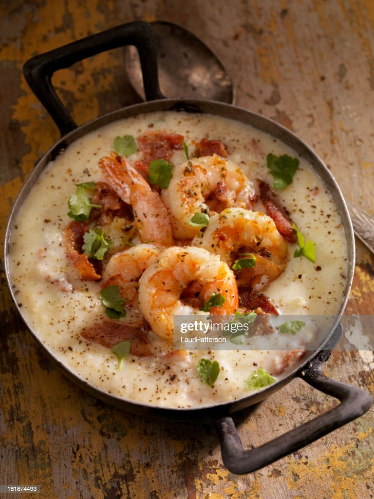 Shrimp and Grits : Stock Photo