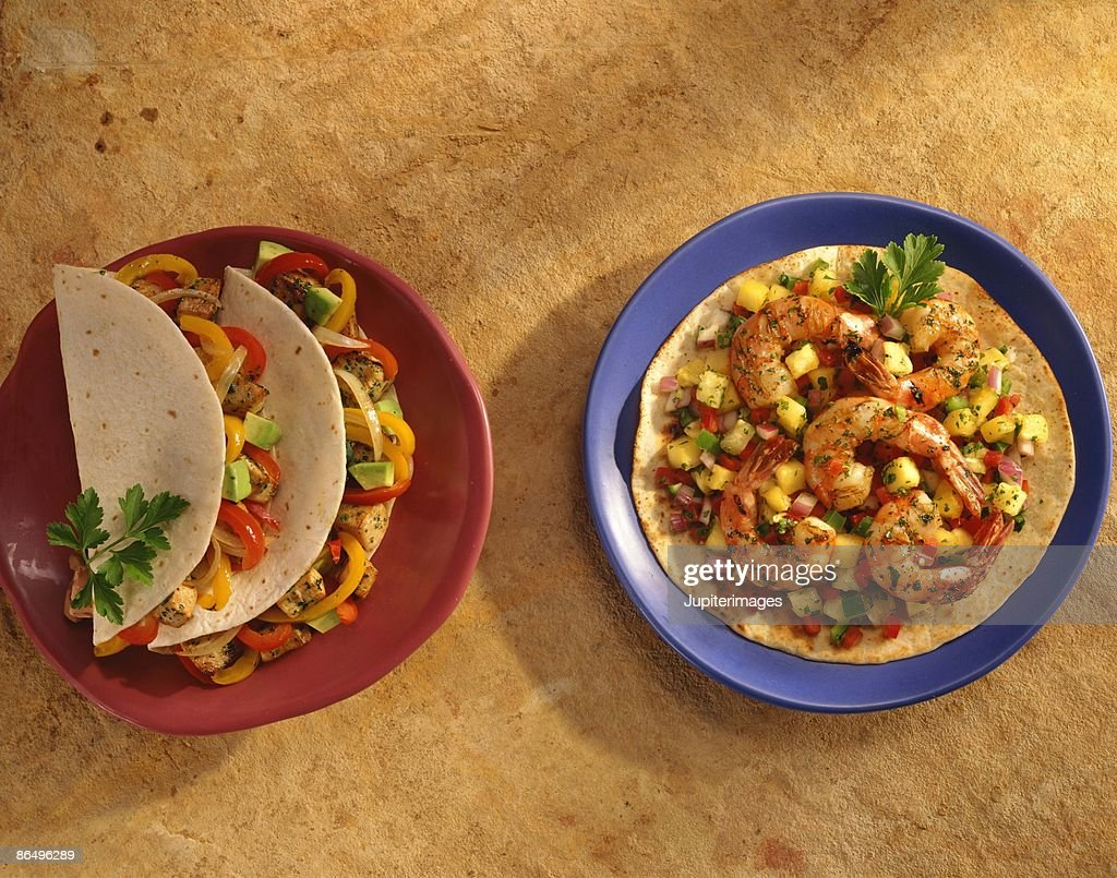Shrimp fajitas : Stock Photo
