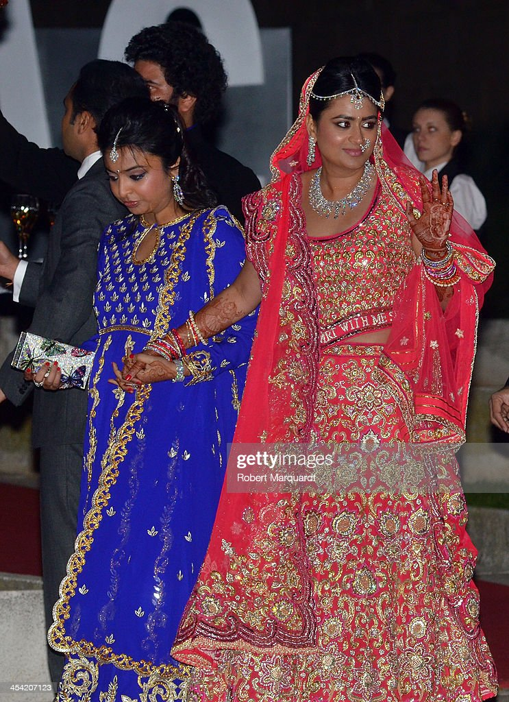Shristi Mittal (R) arrives for her wedding to Gulraj Behl held at the Museo Nacional de Arte de Cataluña (MNAC) on December 7, 2013 in Barcelona, Spain.