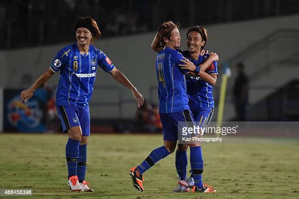 Shu Kurata of Gamba Osaka celebrates his 2nd goal with Hiroki Fujiharu of Gamba Osaka during the AFC Champions League quarter final match between...