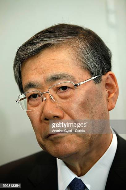 Shunichi Miyanaga chief executive officer of Mitsubishi Heavy Industries Ltd attend a news conference to announce a joint bid for Alstom SA in Paris...