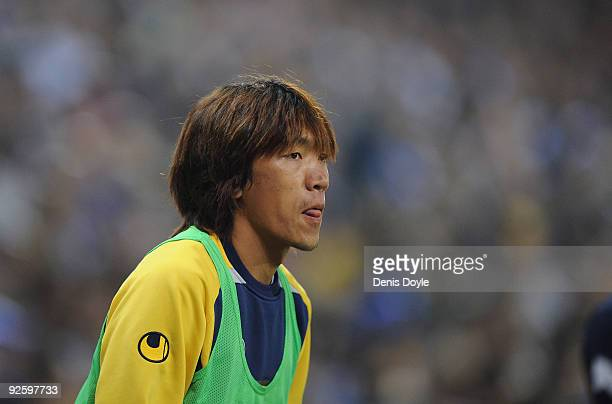 TIME Shunsuke Nakamura of Espanyol warms up during the La Liga match between Espanyol and Real Valladolid at the CornellaEl Prat stadium on November...