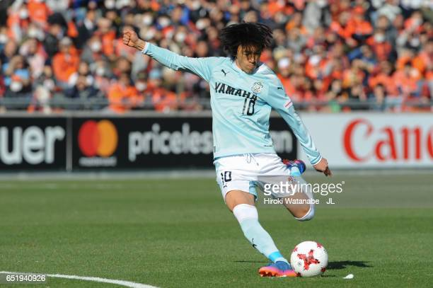 Shunsuke Nakamura of the Jubilo Iwata scores his side's first goal during the JLeague J1 match between Omiya Ardija and Jubilo Iwata at Nack 5...