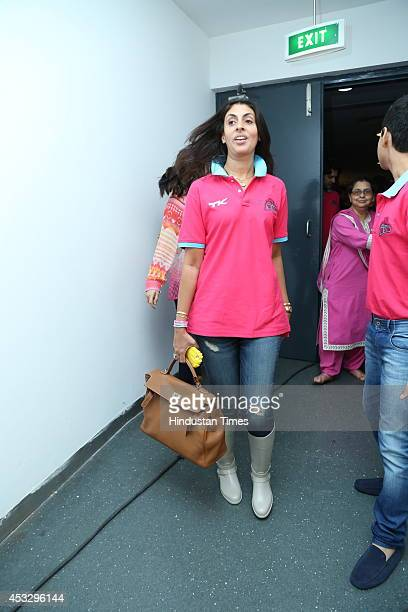 Shweta Bachchan Nanda during ProKabaddi league match between Jaipur Pink Panthers and Dabang Delhi on August 5 2014 in New Delhi India