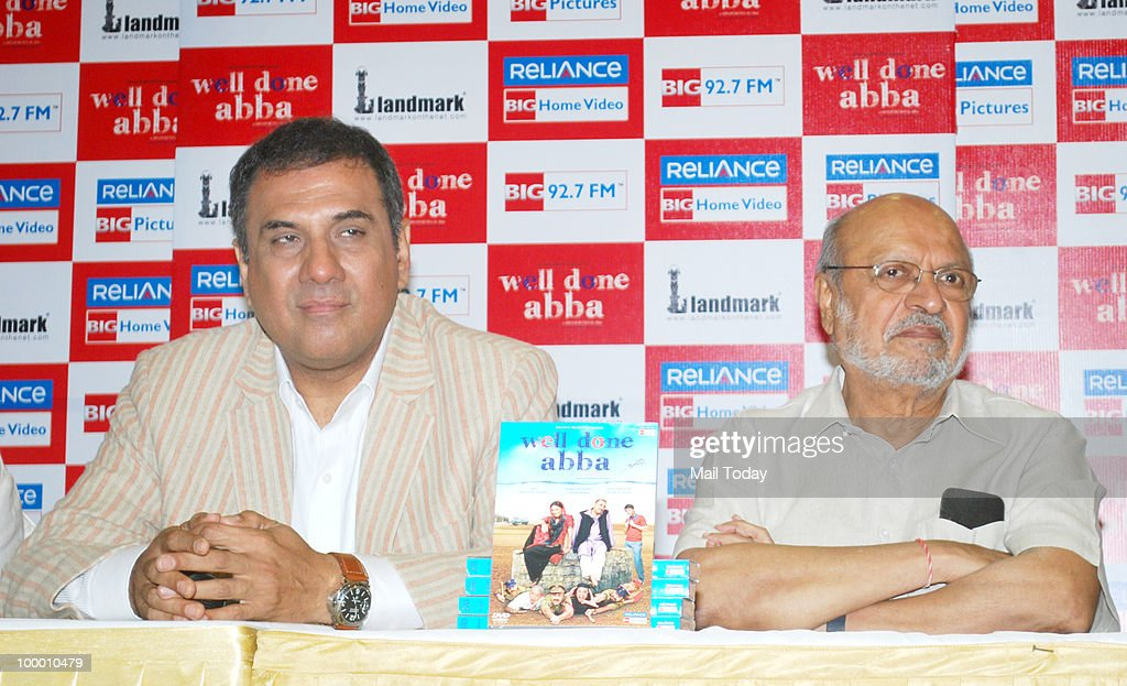 Shyam Benegal and Boman Irani at the DVD launch of the film Well Done Abba in Mumbai on May 19, 2010.