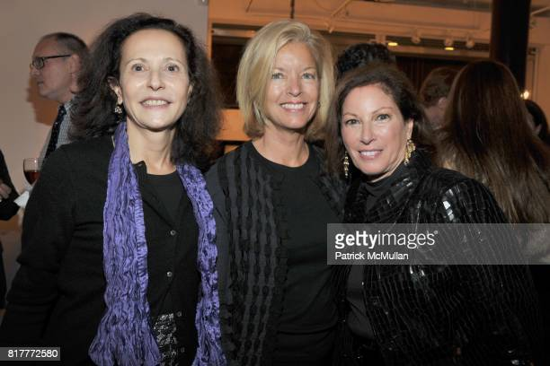 Sian Ballen Courtney Gibson Gail Karr attend SYRIE MAUGHAM Book by PAULINE C METCALF Party at the Liz O'Brien Gallery on October 5 2010 in New York...