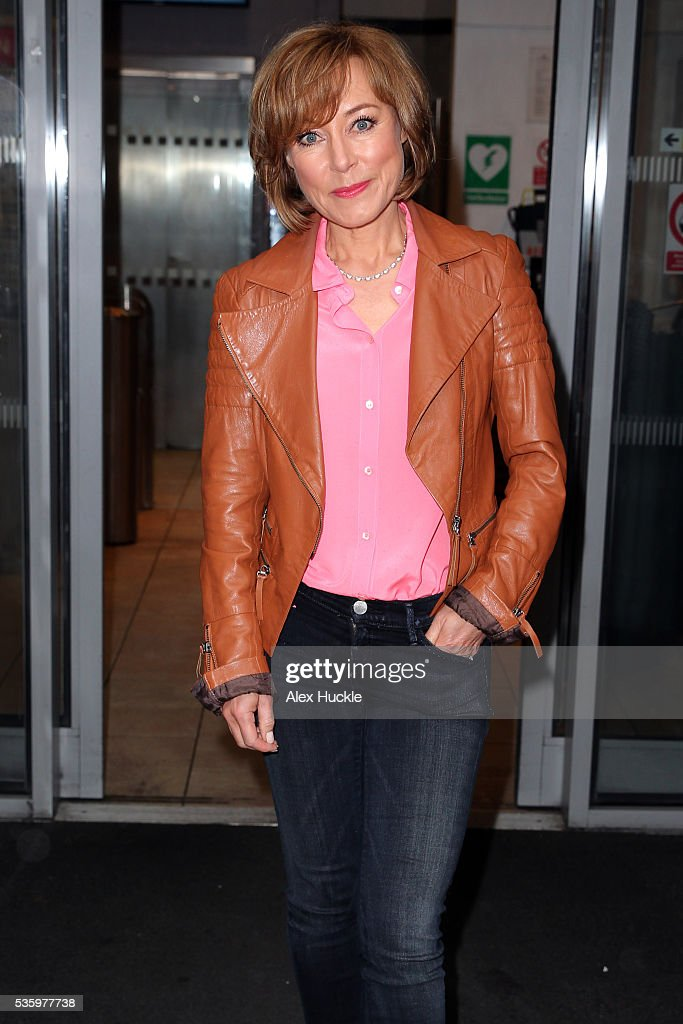 <a gi-track='captionPersonalityLinkClicked' href=/galleries/search?phrase=Sian+Williams&family=editorial&specificpeople=702976 ng-click='$event.stopPropagation()'>Sian Williams</a> seen at the BBC Radio 2 Studios on May 31, 2016 in London, England.