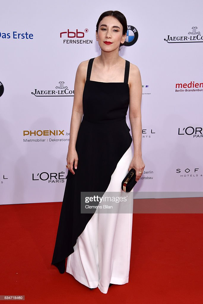 <a gi-track='captionPersonalityLinkClicked' href=/galleries/search?phrase=Sibel+Kekilli&family=editorial&specificpeople=208816 ng-click='$event.stopPropagation()'>Sibel Kekilli</a> attends the Lola - German Film Award (Deutscher Filmpreis) on May 27, 2016 in Berlin, Germany.
