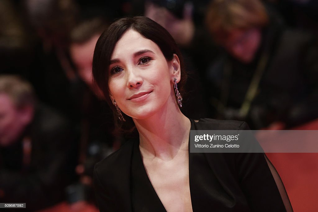 <a gi-track='captionPersonalityLinkClicked' href=/galleries/search?phrase=Sibel+Kekilli&family=editorial&specificpeople=208816 ng-click='$event.stopPropagation()'>Sibel Kekilli</a> the 'Hail, Caesar!' premiere during the 66th Berlinale International Film Festival Berlin at Berlinale Palace on February 11, 2016 in Berlin, Germany.