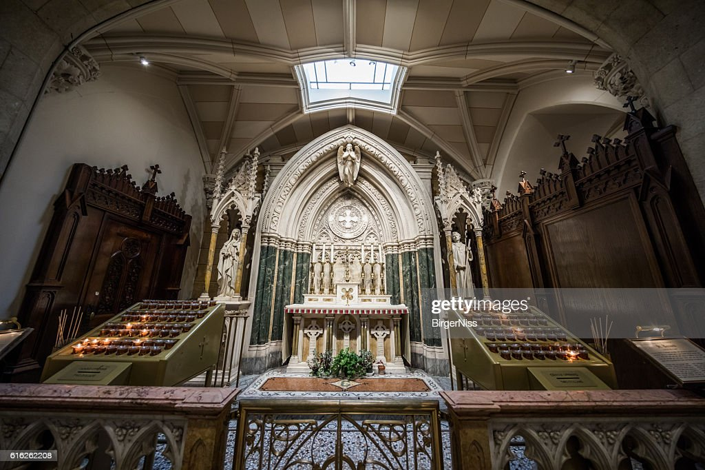 Side chapel of St. Patrick's Cathedral, New York City, USA : Foto de stock
