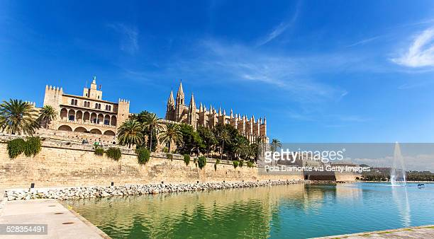 Side view of Palma de Mallorca cathedral, Spain