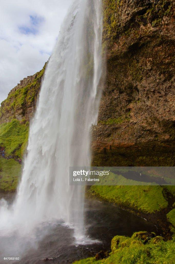 Side view of Seljalandsfoss waterfall : Foto de stock