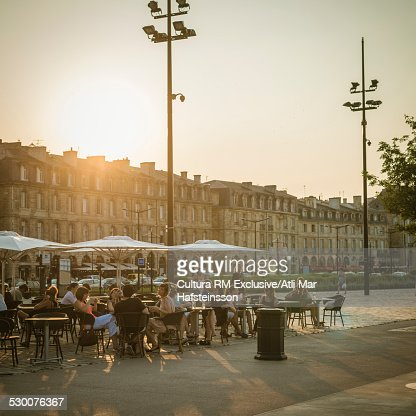 Bordeaux stock photos and pictures getty images for Aquitaine france cuisine