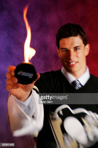 Sidney Crosby of the Pittsburgh Penguins poses for a portrait after being selected first overall during the NHL draft on July 30 2005 at the Westin...