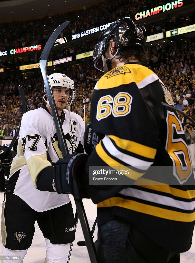 Sidney Crosby #87 of the Pittsburgh Penguins shakes hands with Jaromir Jagr #68 of the Boston Bruins after the Bruins defeated the Penguins 1-0 in Game Four of the Eastern Conference Final during the 2013 NHL Stanley Cup Playoffs at the TD Garden on June 7, 2013 in Boston, United States.
