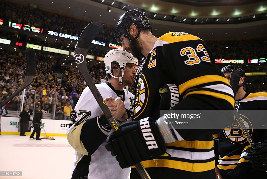 Sidney Crosby #87 of the Pittsburgh Penguins shakes hands with Zdeno Chara #33 of the Boston Bruins after the Bruins defeated the Penguins 1-0 in Game Four of the Eastern Conference Final during the 2013 NHL Stanley Cup Playoffs at the TD Garden on June 7, 2013 in Boston, United States.