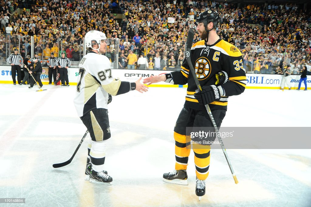 Sidney Crosby #87 of the Pittsburgh Penguins shakes hands with Zdeno Chara #33 of the Boston Bruins after Game Four of the Eastern Conference Final during the 2013 NHL Stanley Cup Playoffs at TD Garden on June 7, 2013 in Boston, Massachusetts.