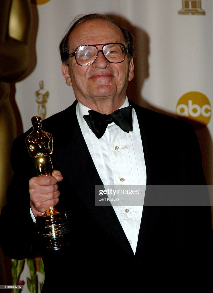 <a gi-track='captionPersonalityLinkClicked' href=/galleries/search?phrase=Sidney+Lumet&family=editorial&specificpeople=214143 ng-click='$event.stopPropagation()'>Sidney Lumet</a>, recipient of the Honorary Oscar during The 77th Annual Academy Awards - Press Room at Kodak Theatre in Los Angeles, California, United States.