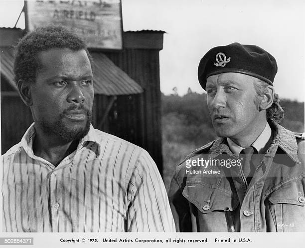 Sidney Poitier and Rutger Hauer in a scene from the movie United Artist movie 'The Wilby Conspiracy' circa 1975