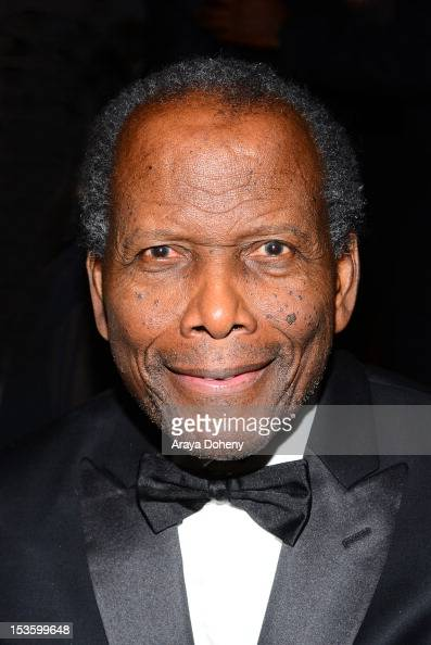 Sidney Poitier attends 'An Artful Evening' at California African American Museum on October 6 2012 in Los Angeles California