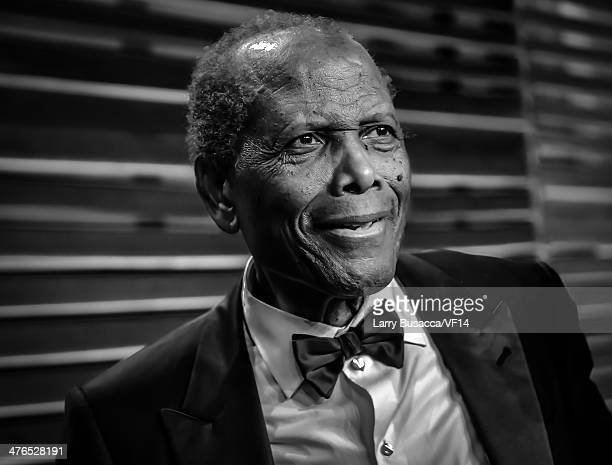 Sidney Poitier attends the 2014 Vanity Fair Oscar Party Hosted By Graydon Carter on March 2 2014 in West Hollywood California
