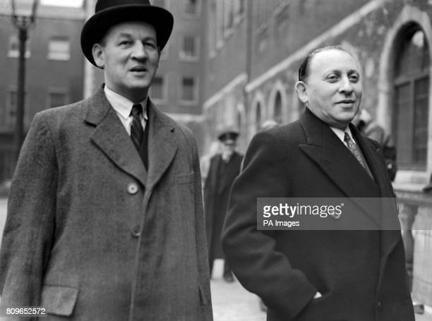 Sidney Stanley arrives at the tribunal of inquiry into allegations of corruption among British government ministers and civil servants