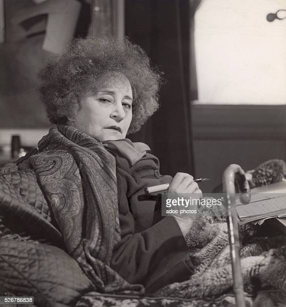 colette sidonie gabrielle the hand The collected stories of colette beings together in one  colette, sidonie-gabrielle colette no  front gave give glass gribiche hair hand head husband lady laugh.