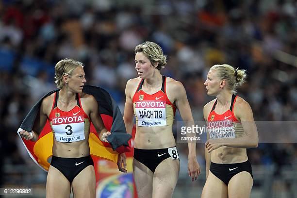 Siebenkampf Bronze fur Jennifer Oeser GER zusammen mit Julia Mächtig und Lilli Schwarzkopf IAAF Leichtathletik WM Weltmeisterschaft in Daegu Sudkores...