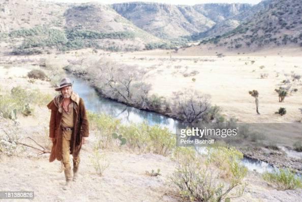 Siegfried Rauch ARDSerie 'Mein Freund Winnetou' vom französischen Fernsehen 'Antenne 2' Folge 1 'Blut und Sand' Durango Mexiko Mittelamerika Amerika...