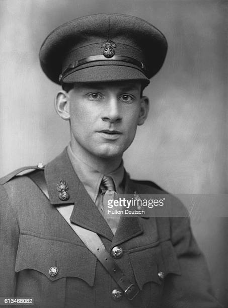 siegfried sassoon Sassoon had a really hard time when his friend died in battle he was even sent to a mental hospital under the guise of having shell shock many soldiers had a hard time.