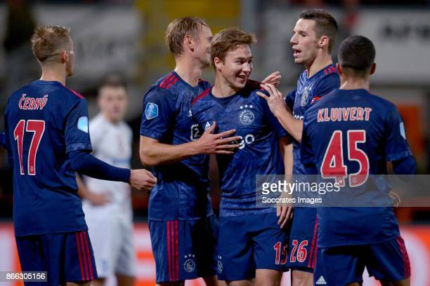 Siem de Jong of Ajax celebrates the 10 with Vaclav Cerny of Ajax Carel Eiting of Ajax Nick Viergever of Ajax Justin Kluivert of Ajax during the Dutch...